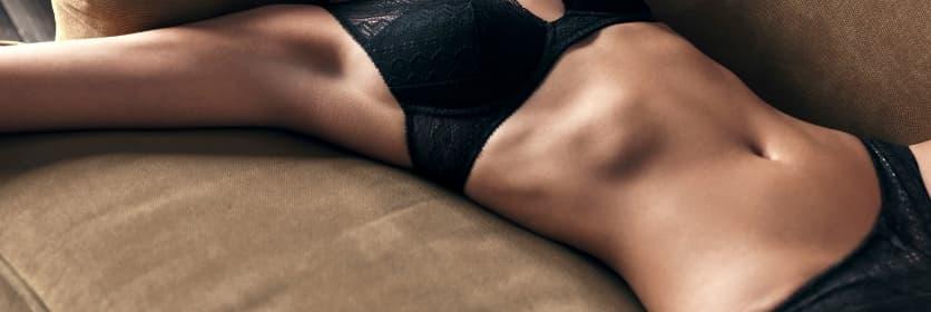 beautiful woman for tummy tuck